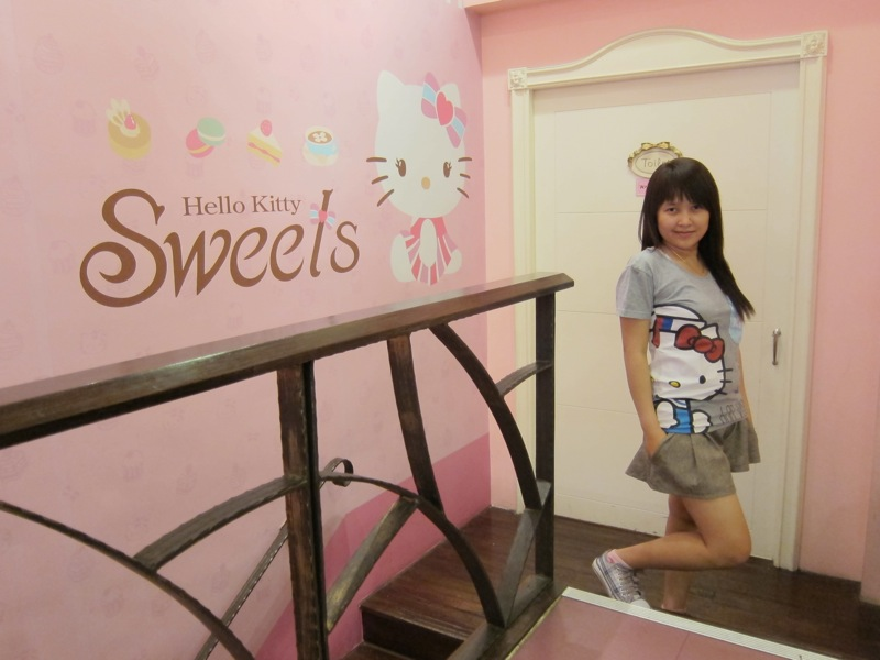 Parts Of My Life Hello Kitty Sweets Cafe In Taiwan