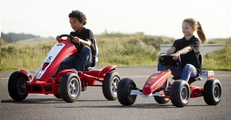 BERG Ferrari 150 Italia and FXX Racer Go-Karts