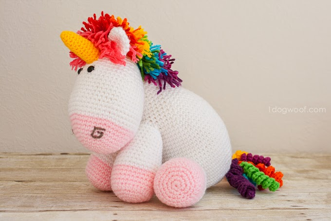 Crochet Unicorn Doll : Its so fluffy! Crochet a big, cuddly rainbow unicorn for someone to ...