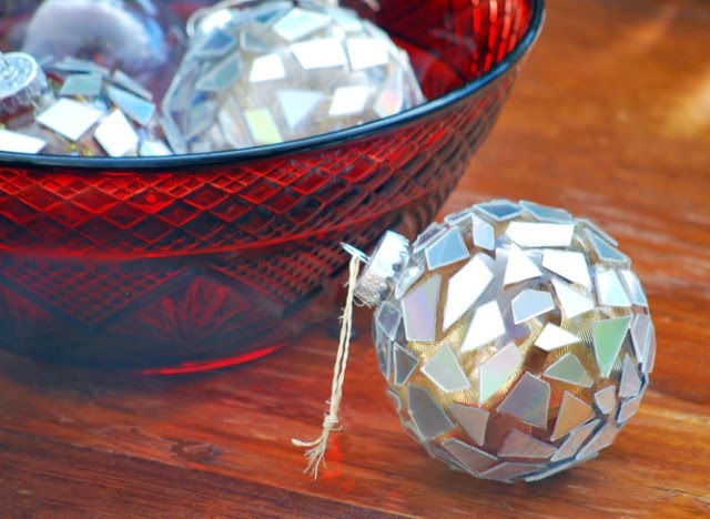 HOLIDAY CRAFT IDEAS reuse old cd