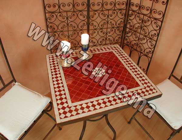Table marocain la table marocain en mosa que zellige - Table de jardin en mosaique marocaine ...