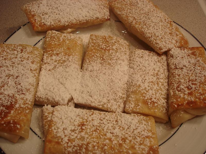 ... : Sasha's Kitchen: Ricotta, Pomegranate & Honey Dessert Eggrolls
