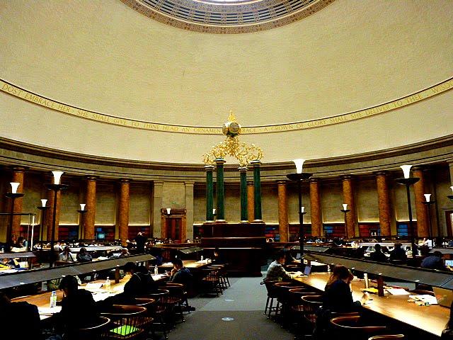 Interior biblioteca de Manchester