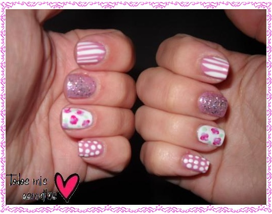 Vintage floral nail art