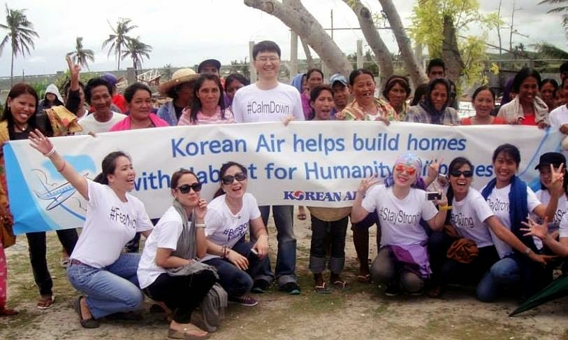 Foreign Airlines Rebuild Homes for Typhoon Haiyan Survivors