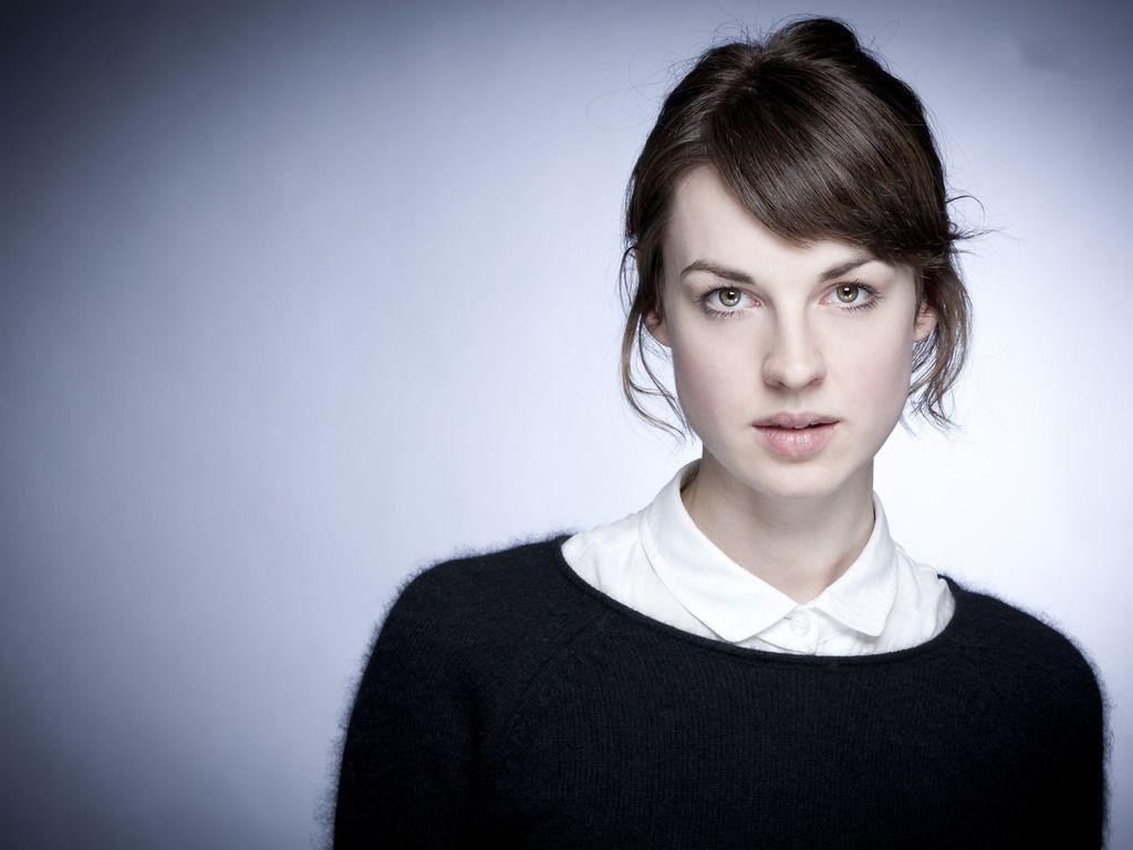Jessica Raine Beautiful