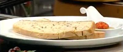 Sebzeli/Baharatlı Focaccio Ekmeği Nasıl Yapılır - Videolu Tarifi