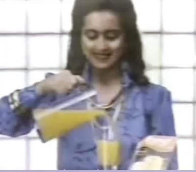 Uma homenagem dos Sucos Tang nos anos 80 para as mães.