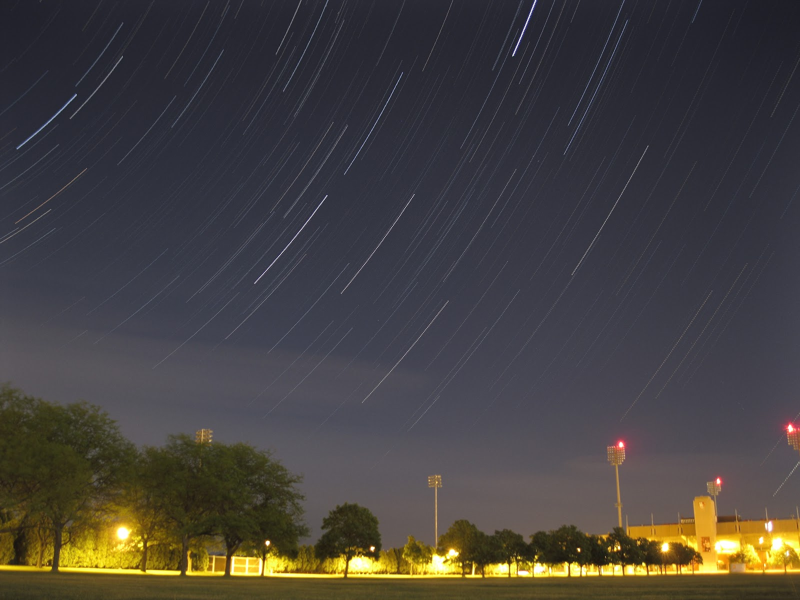 Check out my amateur astronomy and photography blog here.