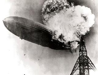 http://2.bp.blogspot.com/-5XG6jiNswhI/T6acpwptteI/AAAAAAAAWS0/-djVOVSOWI4/s1600/788px-Hindenburg_burningMA28995029-0010.jpg