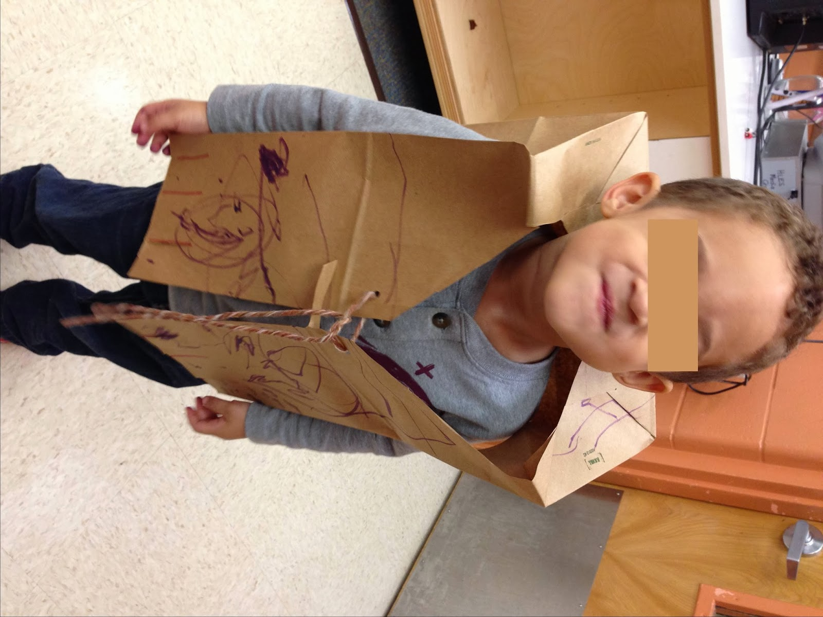 how to make a pilgrim costume out of paper bag