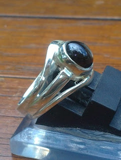 black safir star