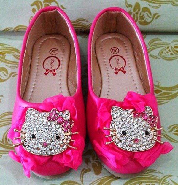 Sepatu hello kitty anak warna pink lucu