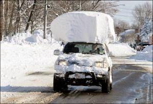 Αστείες φωτογραφίες που κυκλοφορόν στο Internet από την χιονόπτωση στο Μπάφαλο.