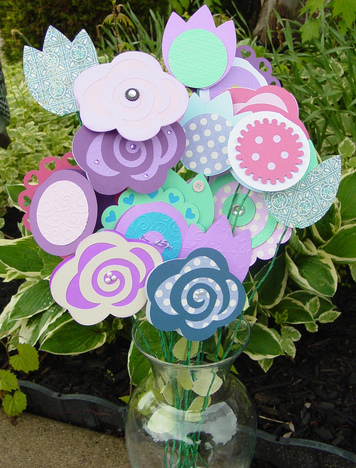 Amys collages and other scrap stuff gift card bouquets gift card bouquets negle Gallery