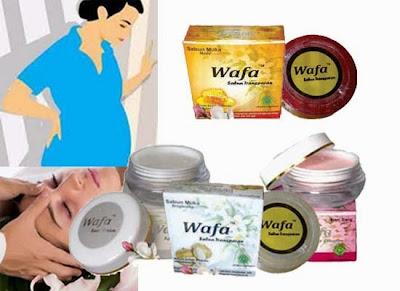Kosmetik yang Aman untuk Ibu Hamil dan Menyusui
