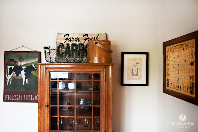 antique_farm_fresh_carrots_sign_spice_rack_kitchen_design