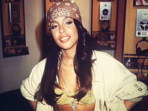 http://cdn.watchloud.com/wp-content/uploads/2014/08/Aaliyah.png