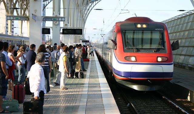 Trem alfapendular Lisboa