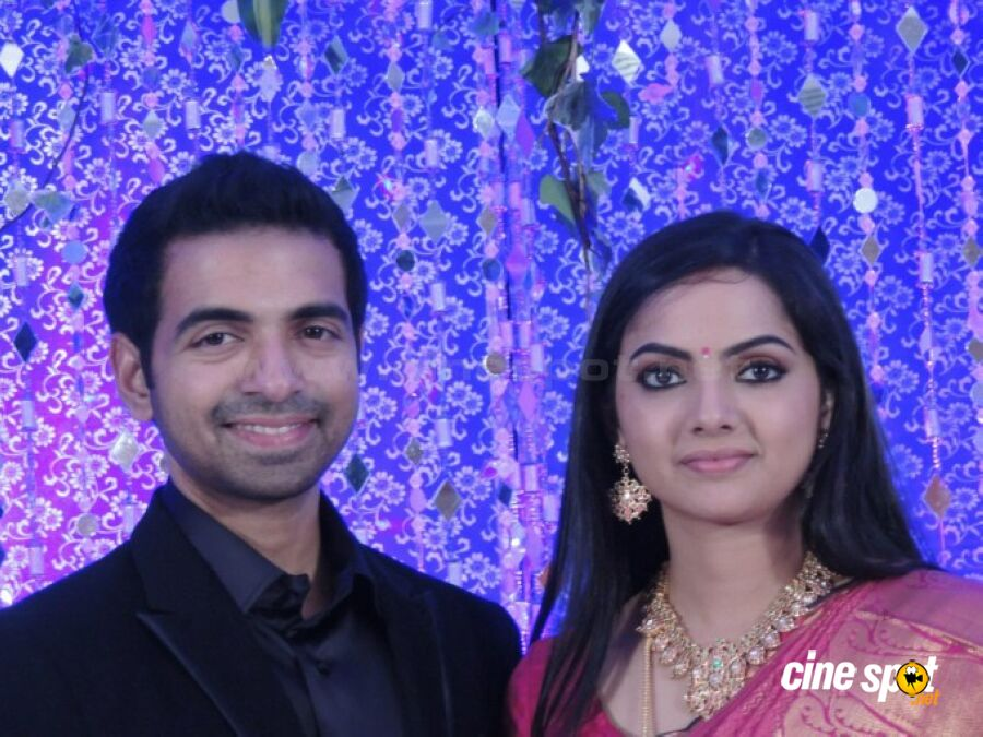 Samvritha Sunil Marriage Wedding Reception Photos 94216 Infobit