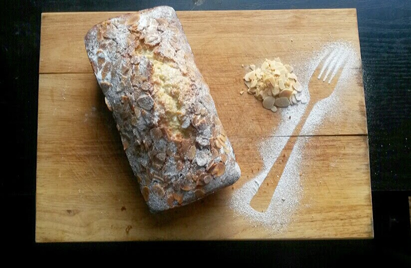Almond Loaf Cake by @MrsUMakes