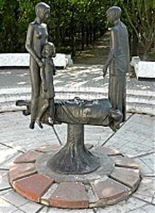 памятник,воин-интернационалист,металл, Одесса, День Победы,фото,картинки,вандал