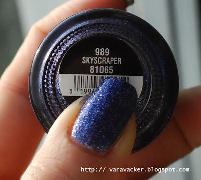 naglar, nails, nagellack, nail polish, chinaglaze, skyscraper, blå måndag