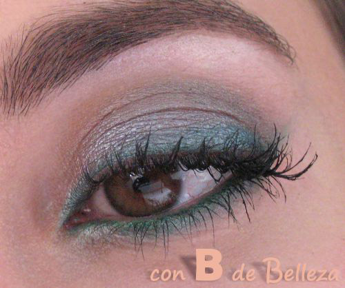 Verde y gris ojos sombra