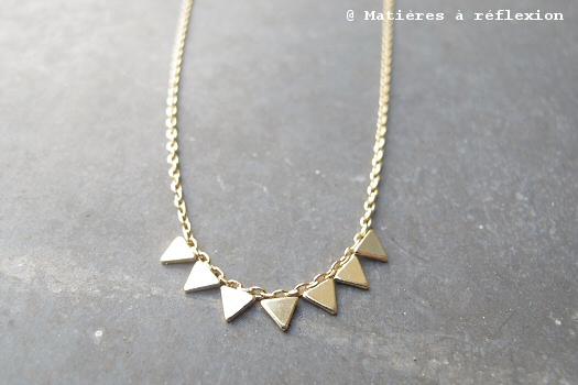 Bijoux Stalactite collier doré 7 triangles