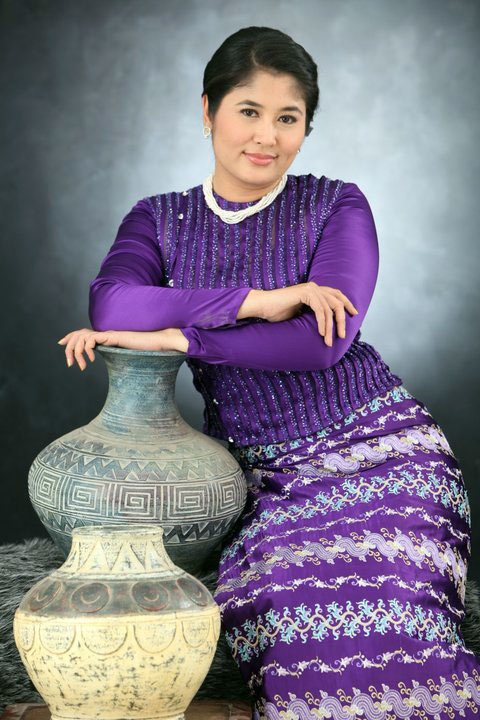 Myanmar Celebrities: Myanmar Famous Actress- Soe Myat Thuzar
