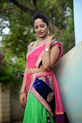 Anasuya photos in half saree-thumbnail-10