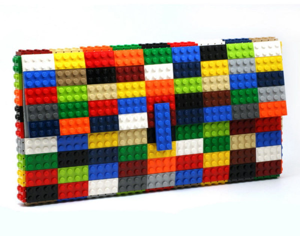 Bolsas Femininas feitas com peças LEGO por Agabag