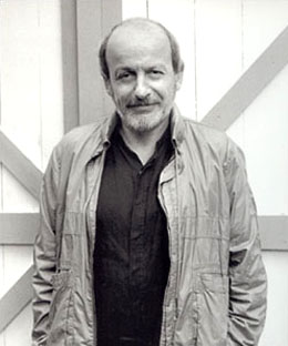 ragtime by el doctorow essay Essay on ragtime by e l doctorow - a critical analysis 'ragtime' is a blending of the stories of three fictional american families and different real and actual historical figures using this unique style, e l doctorow shows that history is a human design which can be recounted from a particular point of view.