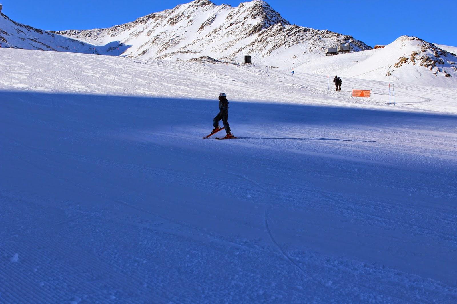 children ski mountain, slalom narciarski, blog lifestyle, snow foto, zdjęcia na sniegu, akrobacje na śniegu dzieci, polska szkółka maso corto