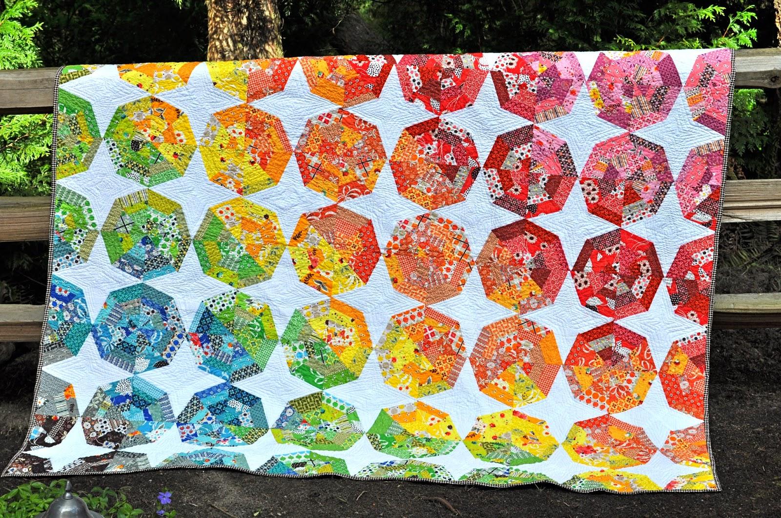 Lucy Norman The Spiderweb Colorwheel Extravaganza Quilt