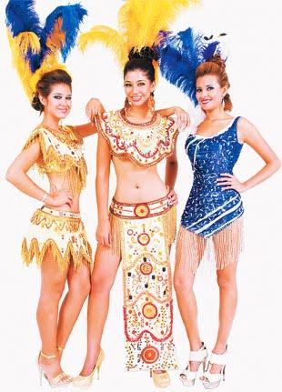 De La Isla Tienen Sus Trajes De Fantasia Listos Para Este Carnaval