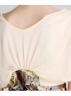 Vestido corto de manga corta, cuello V amplio y estampado en la parte baja