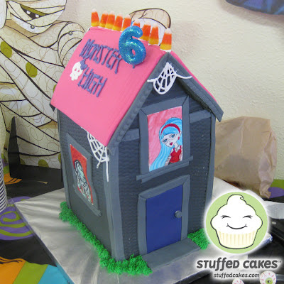 Stuffed Cakes Monster High Haunted House Cake