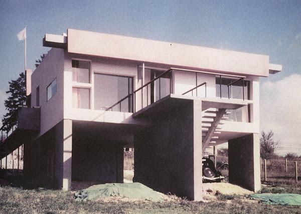 La Celle Sur Seine - Maison Morpain  Architectes: Claude Parent, Ionel Schein  Construction: 1953-1956