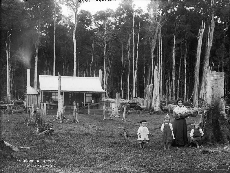Australian pioneer settler's hut