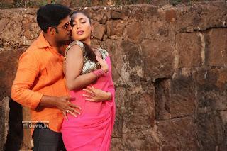 Amavasya-Movie-Stills