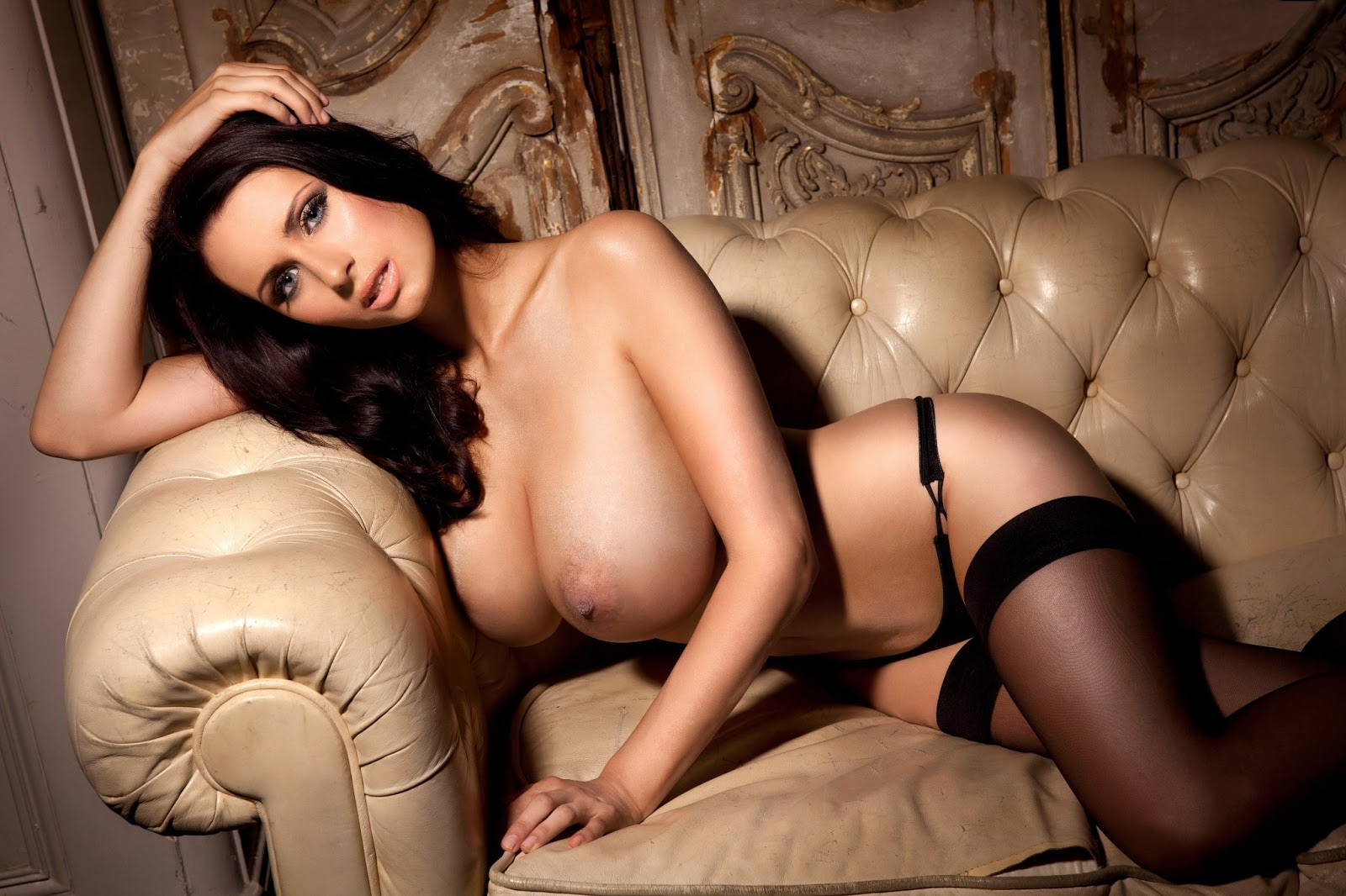 The Phenomenal Breasts Of Sammy Braddy | pasjeleto