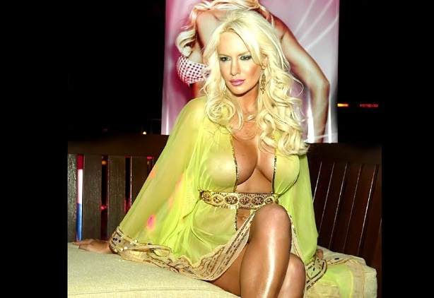 fotos salazar desnuda: