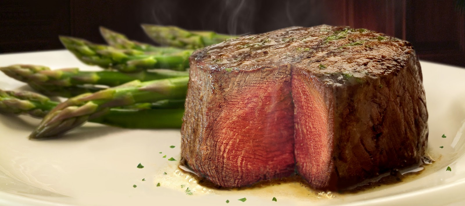 Ruth's Chris Steak House Ruth Fertel's legacy lives on through our sizzling steaks, award-winning wine list of + wines & signature handcrafted cocktails.