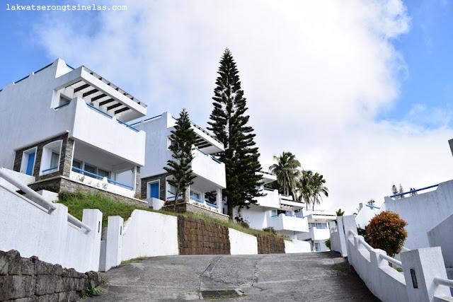THE SANTORINI-INSPIRED ESTANCIA RESORT HOTEL TAGAYTAY CITY