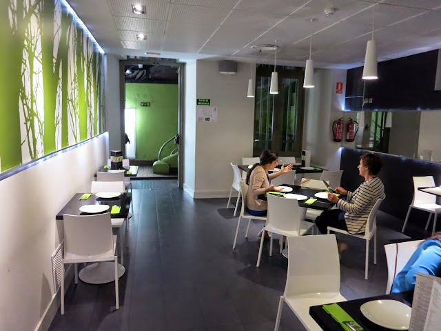 Sala interior, restaurante Shukran (Casa Árabe)