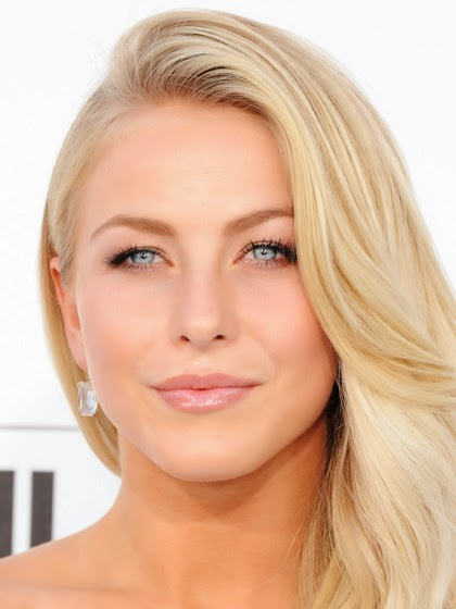 Julianne Hough Makeup Look