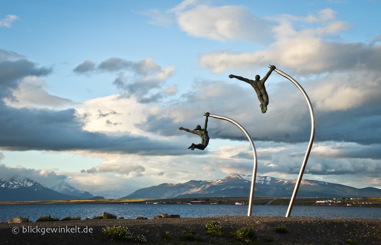 Kunst am Hafen von Puerto Natales