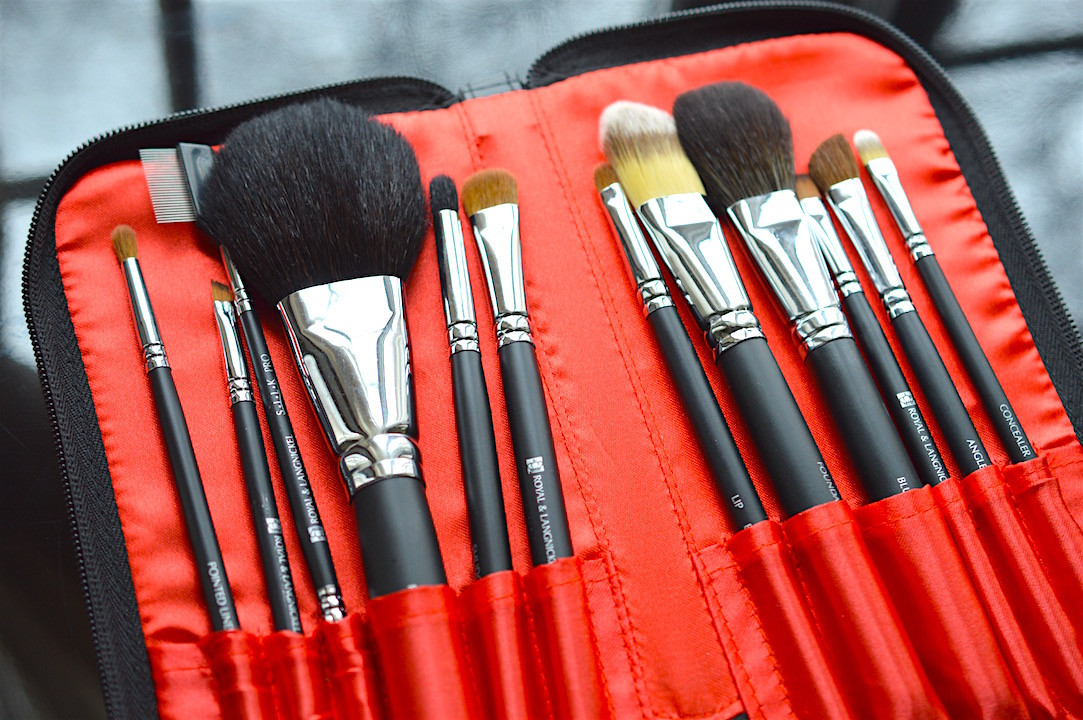 Cheap affordable professional makeup brush