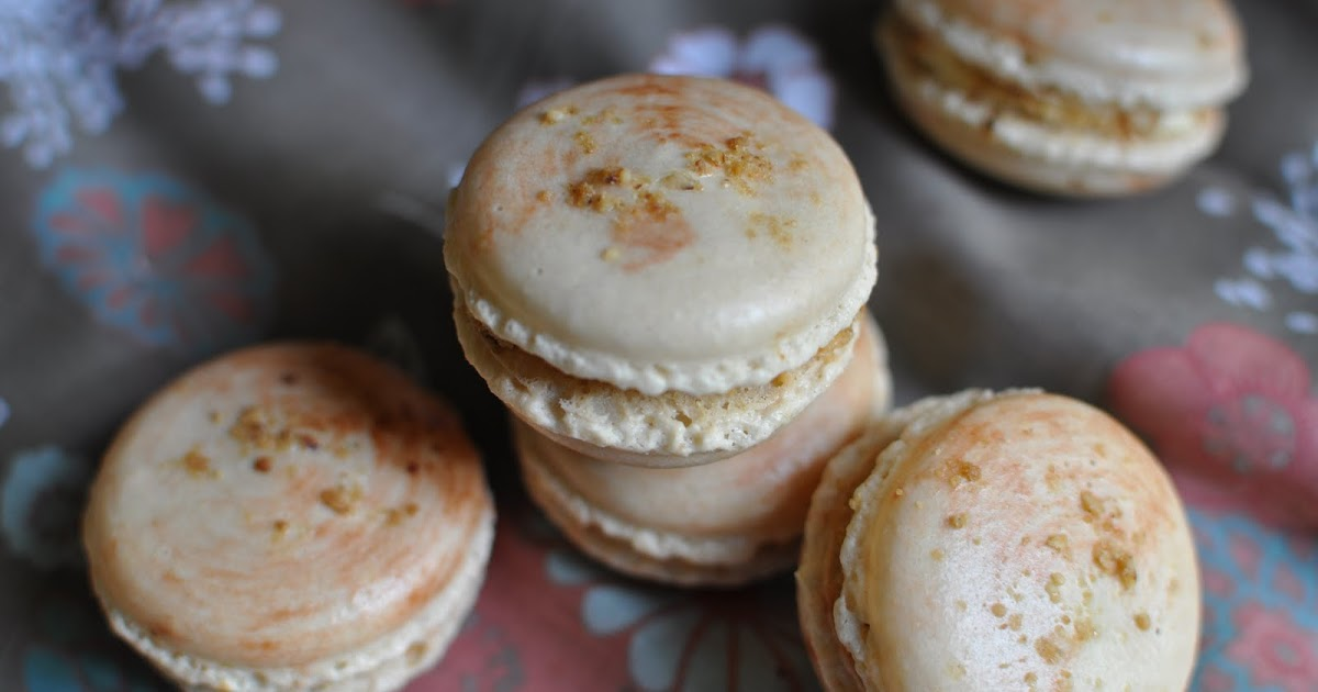 The Kitchen Guardian: Snickers' Macarons?!